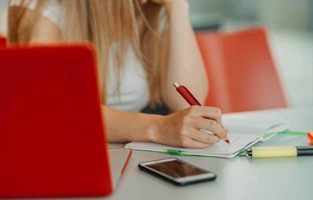 Produtividade nos estudos: 8 segredos que você precisa conhecer